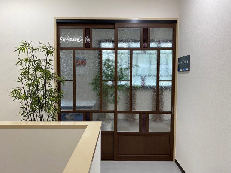 応接室入口