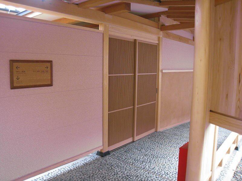 アルミ製建具 格子戸の施工事例